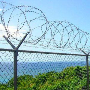 """Спіральний бар'єр безпеки """"Єгоза"""", d-500mm, 3 скоби з'єднання"""