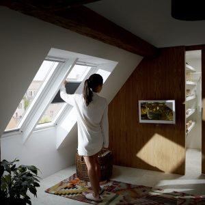 Вікно на дах Roto R48WH 54×118  (біла сосна)