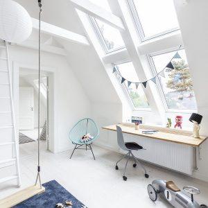 Вікно горищне Roto R48WH WD 120×146 (біла сосна)
