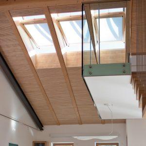 Вікно в дах Roto R45WH WD 71×124 (біла сосна)