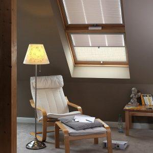 Вікно в дах Roto R45WH WD 80×146 (біла сосна)