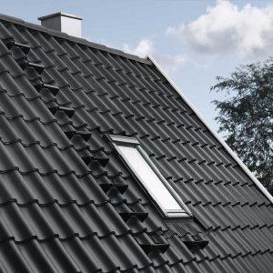 Вікно в дах Roto R45WH 74×140 (біла сосна)