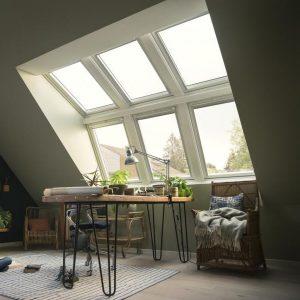 Мансардне вікно Roto R45WH 65×118 (біла сосна)