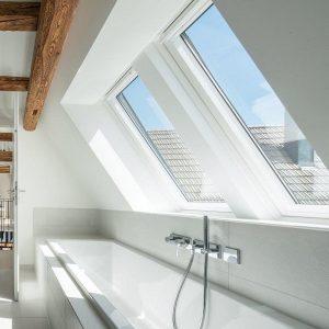 Горищне вікно Roto R45WH 74×98 (біла сосна)