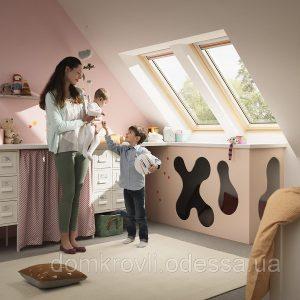 Мансардне вікно Roto R65K WD KK/KG 100×166 (ламінація під дерево)