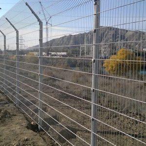 Монтаж секційного паркану висотою до 2,4 м (точечне бетонування) з Г накінечником і секцією 530 мм