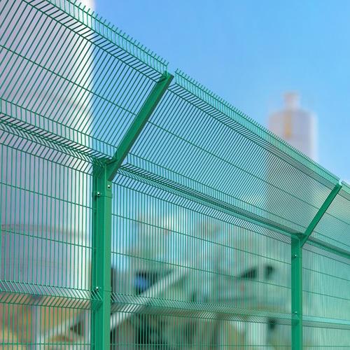 Будівництво секційного паркану висотою до 2,4 м (анкеровка) з Г накінечником і секцією 530 мм