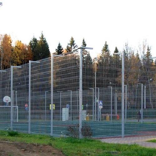 Установка паркану із секцій висотою від 6 м (точечне бетонування) з накінечником і сіткою