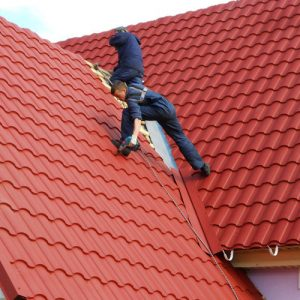 """Монтаж металочерепиці -складний дах """"Під ключ"""""""
