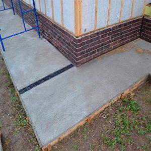 Будівництво монолітного вимощення з армуванням шириной до 0,5 м