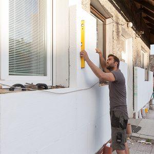 Фасадне утеплення пінопластом 150 мм (декор: тонована штукатурка)
